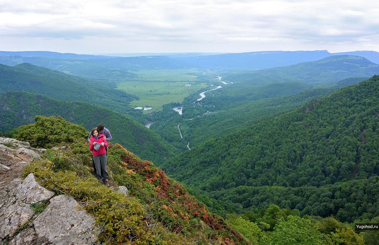 Вид с горы Трезубец