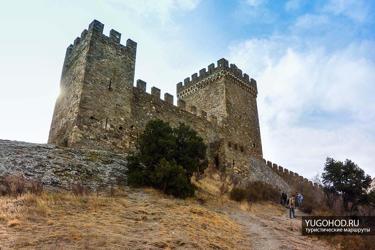 Генуэзская крепость, замок консула